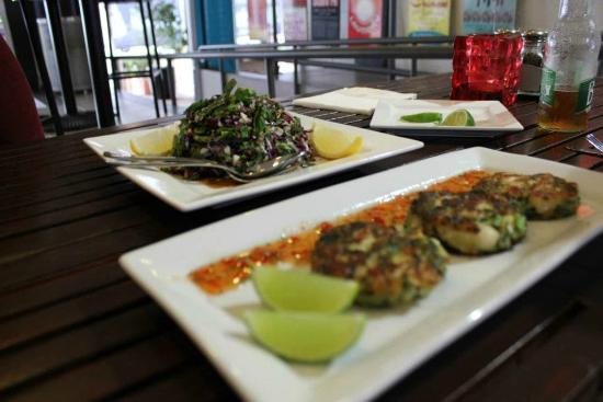 Salt Seafood Bar and Grill: Thai seafood cakes and Vietnamese coleslaw... a match made in heaven.