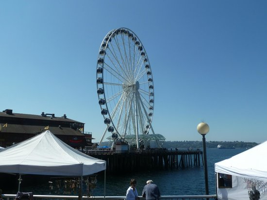 Restaurants Near Seattle Great Wheel
