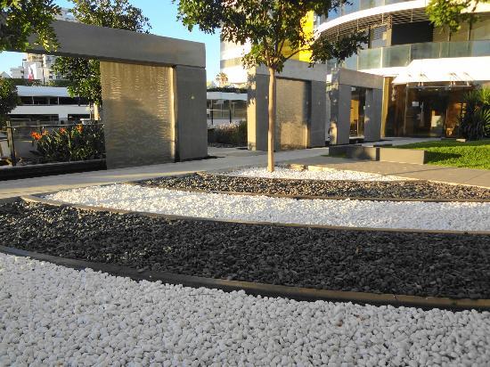 Peppers Broadbeach: Tranquil Zen Gardens - Level 4