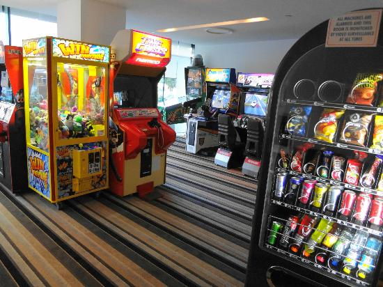 Peppers Broadbeach : Not your usual Hotel Games Room...Fabulous!
