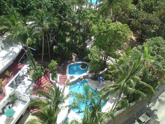 Aladinos Hotel and Club: una de las albercas, vista desde una habitacion