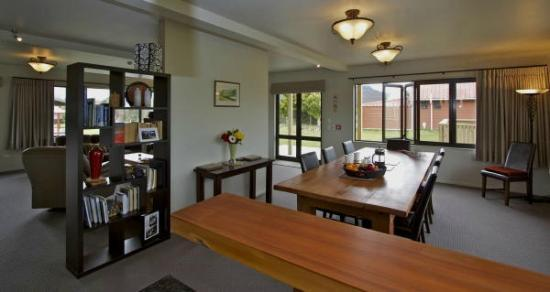Manuka Lodge: Dinning Room