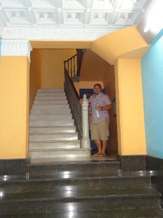 Vrabac Guesthouse: Up the stairs to Vrabac