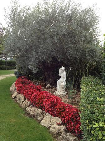 Edra Palace Hotel: giardino per ricevimento