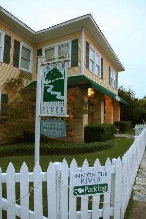 Inn on the River: Front Yard