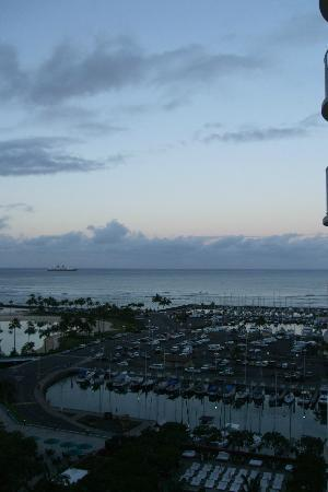 The Modern Honolulu: The gorgeous view from our room