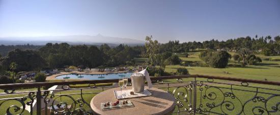 Fairmont Mount Kenya Safari Club: View of the grounds