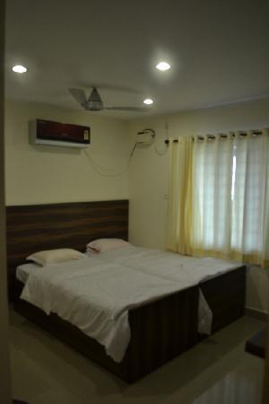 Red Sun Serviced Apartments: New Twin bed rooms