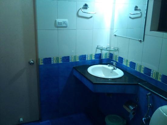 Aroma Classic Days: 2nd Room bathroom2