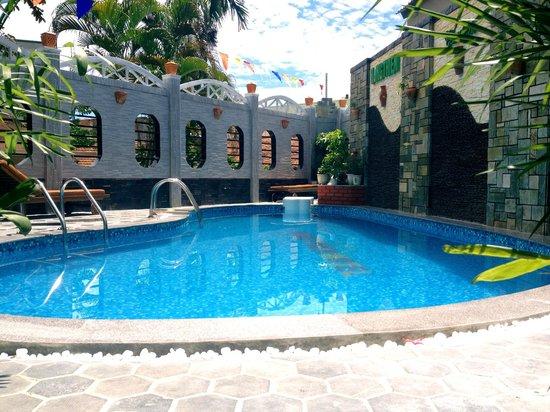 Hong Thien Hotel 1: Swimming pool