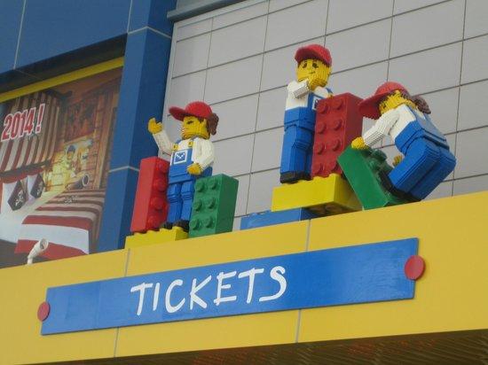 Legoland Malaysia : Entrance Ticket Counter