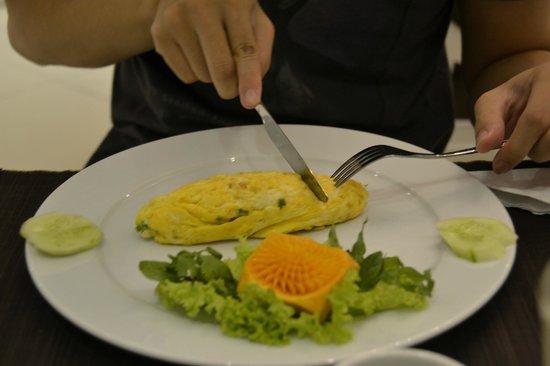 Calypso Suites Hotel: cheese omlete
