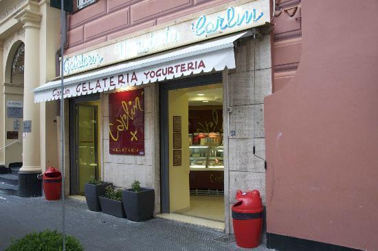 Gelateria Carlin: Il negozio