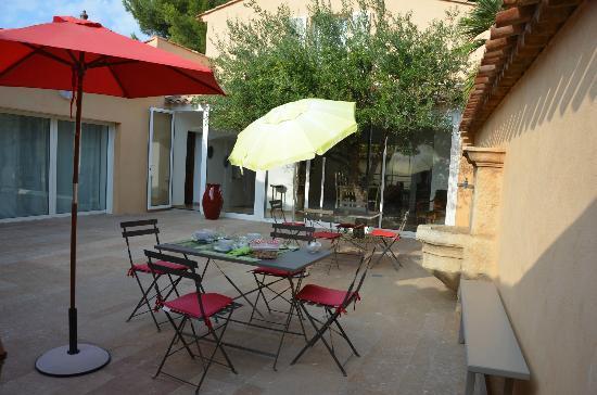 Villa Azur Golf: Colazione