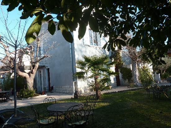 Villa PondY: La Masion