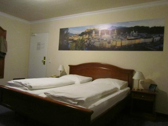 Hotel zur Post: Habitación
