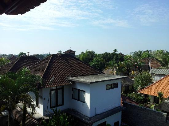 Warsa Garden Bungalows: Balcony view2