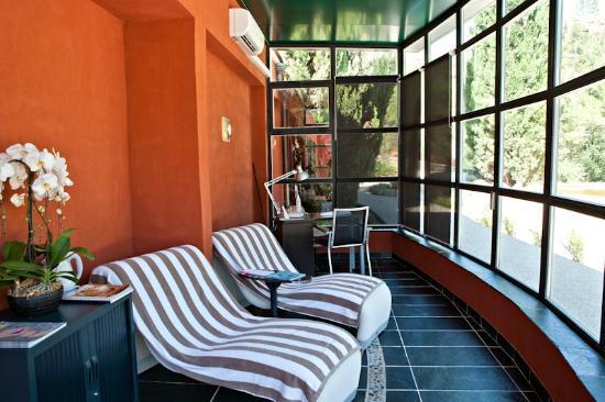 Hostellerie Des Gorges De Pennafort : Espace détente