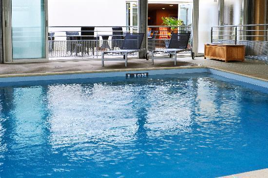 Inter-hotel Otelinn : La piscine
