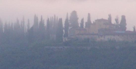 like oil on canvas,right? But it is not. This is an evening views from Villa del Pino