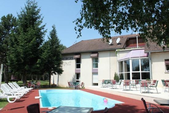Inter-Hotel Le Saint Georges : L'extérieur