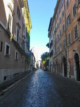 Maison Giulia: La via Giulia - la rue sur laquelle donne le b&b