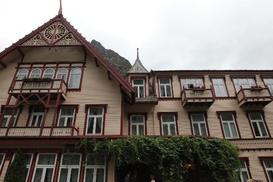Hotel Union Oye: Front