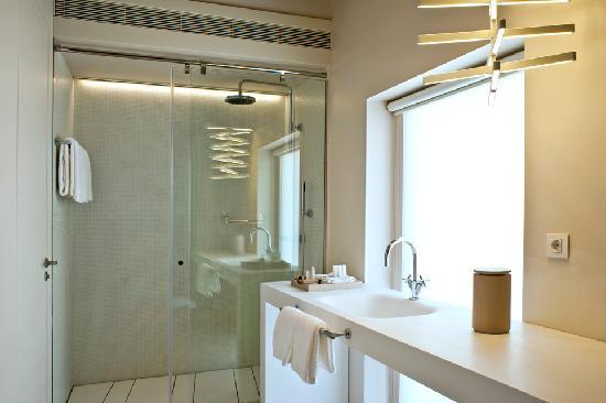 Mercer Hotel Barcelona: Baño Junior Suite