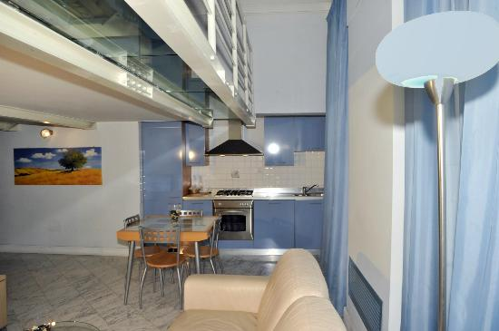 Residence Cavour: Giacinto, cucina completamente attrezzata