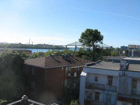 Auberge Manoir Ville-Marie : vue prise de la terrasse