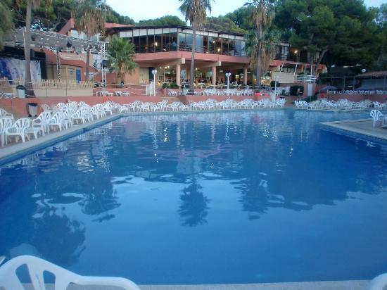 Piscine principale picture of sun club el dorado for Sun park piscine