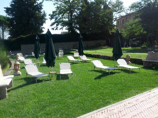 Sovana Hotel & Resort: Solarium