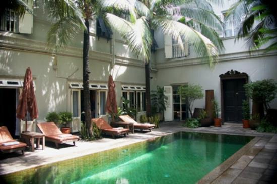 Asia Herb Association Spa Auberge Eugenia: The Eugenia Hotel, Bangkok (pool) 