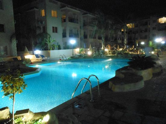 Royal Seacrest Apartments Pool Area