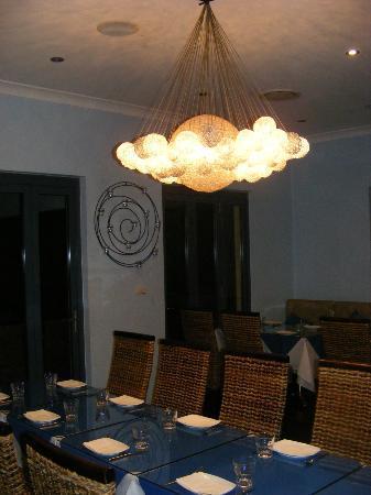 Ginger Indian Restaurant : interior-minimal