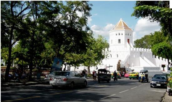 Riva Surya Bangkok: Phra Sumen Fort