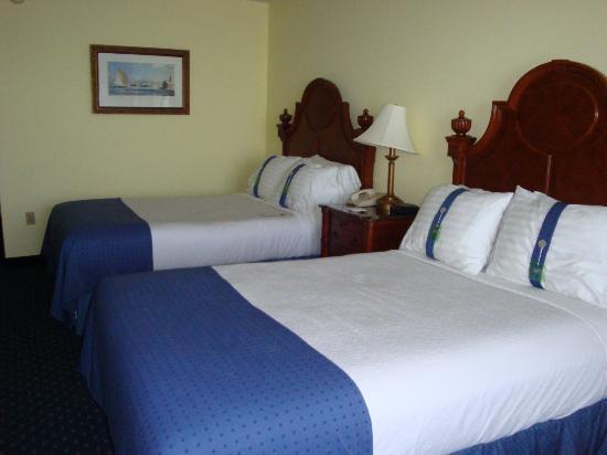 Holiday Inn Bar Harbor Regency: First floor room