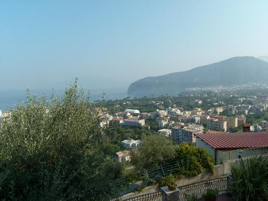 M Suites Sorrento : Vista di Sorrento dal balcone