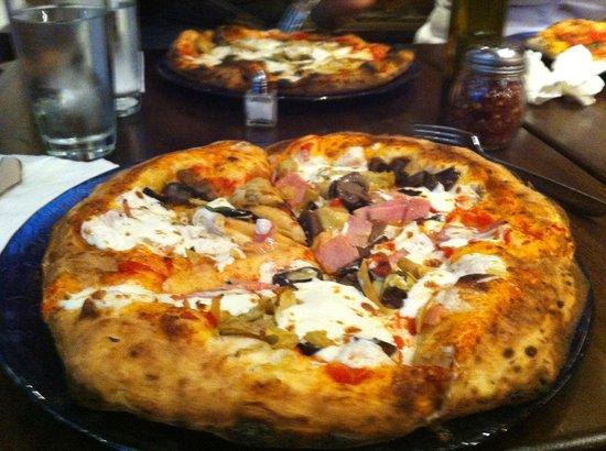 Don Antonio : Pizza Vesuvio