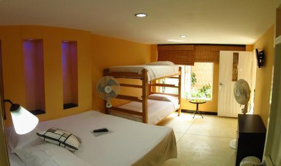 Hotel Casa D'mer Taganga : Habitación Múltiple