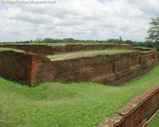 Bogra, Bangladesh: The citadel walls