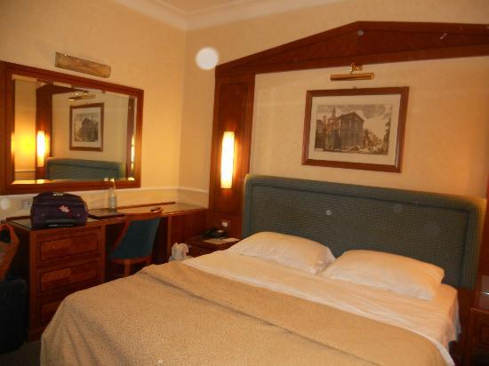 Hotel Ludovisi Palace: Room 301