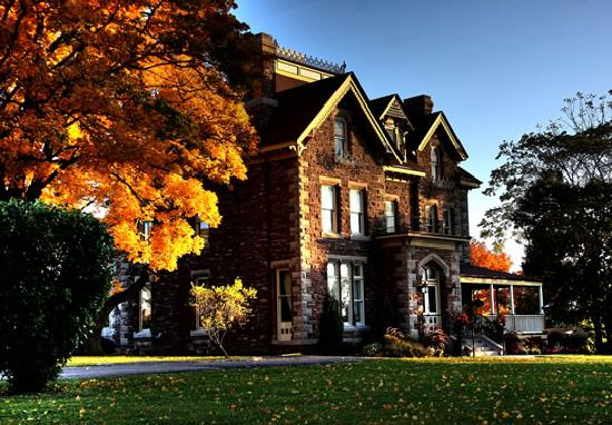 The Keefer Mansion Events Estate Inn: The Inn