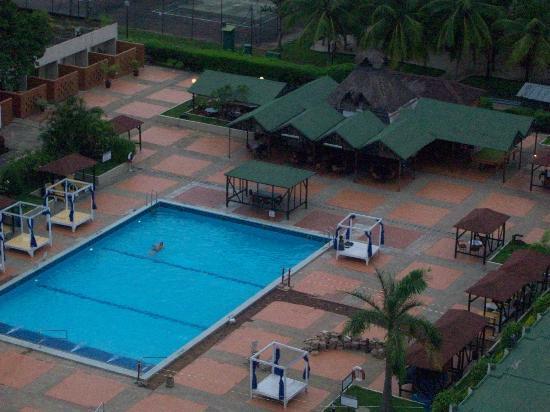 Sheraton Abuja Hotel: Poolside
