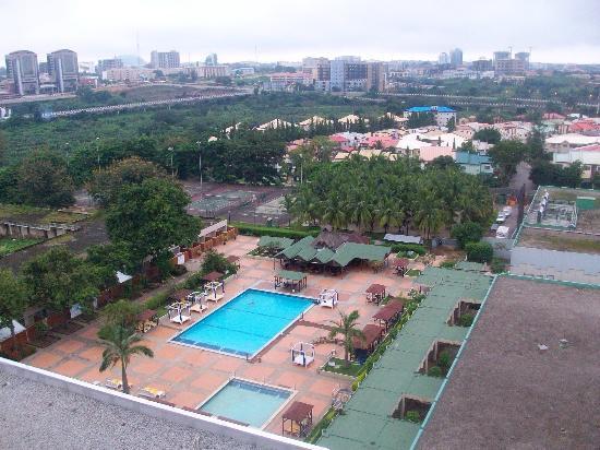Sheraton Abuja Hotel: Pool deck