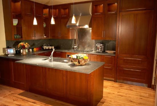 Solaris Residences : Sample Residence Kitchen