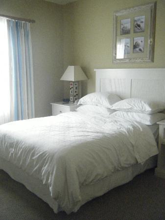 Sheraton Broadway Plantation Resort Villas: Bedroom