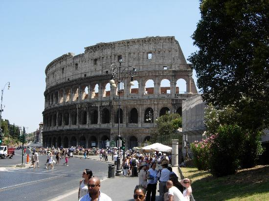 colis e de rome picture of colosseum rome tripadvisor. Black Bedroom Furniture Sets. Home Design Ideas