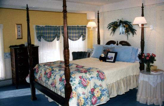 Mt. Washington Bed and Breakfast: Bald Eagle Suite