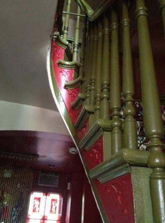 بي آند بي أوه بيتي روا: Stairs to the third floor 